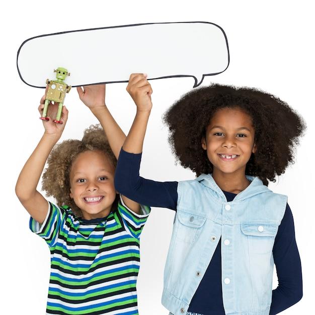 Little kid friendship robot toy chatbox Premium Psd