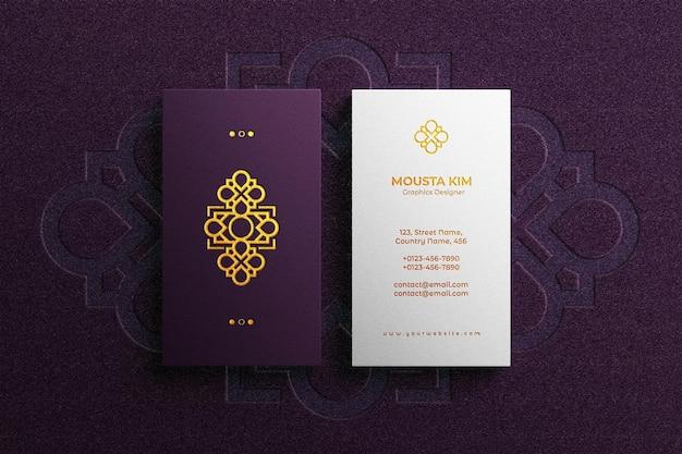Logo embossed on luxury business card mockup Premium Psd