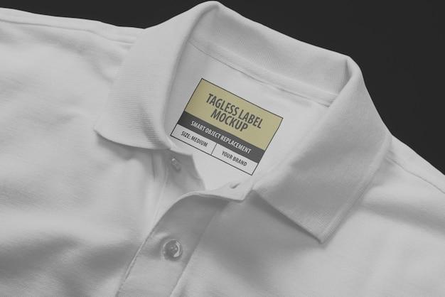 Ярлык на воротнике рубашки поло с логотипом Premium Psd