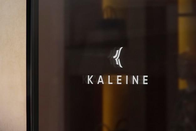 Mockup di logo di segno di finestra di abbigliamento di lusso Psd Gratuite