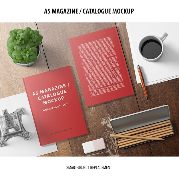 Magazine catalogue mockup Free Psd
