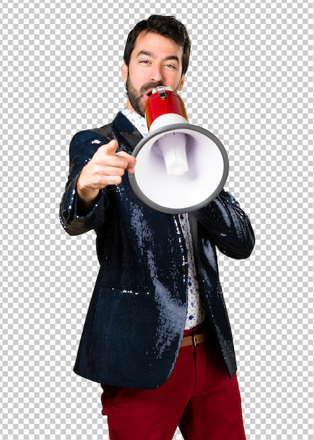 Man with jacket shouting by megaphone Premium Psd