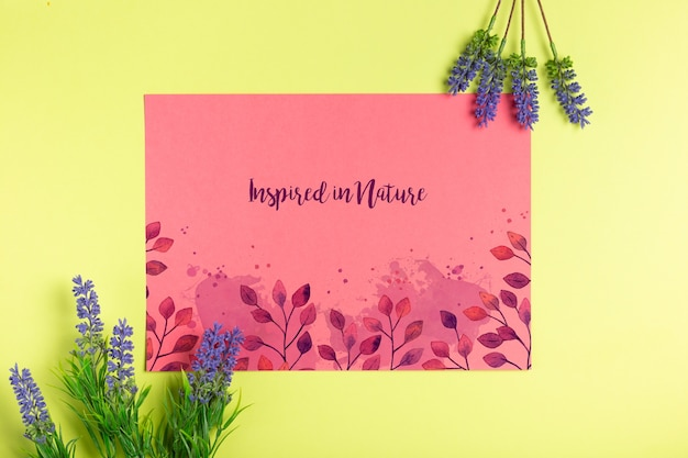 Message on paper with lavender beside Free Psd