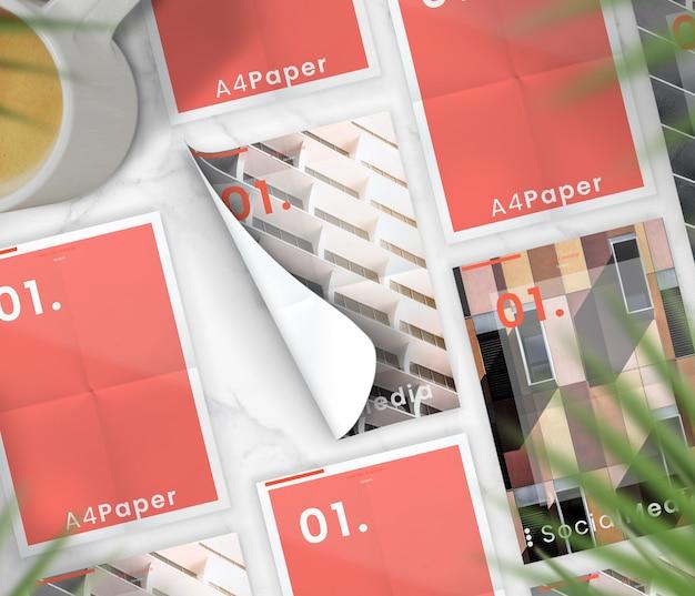 대리석 테이블에 미니멀리즘 플랫 레이 브로셔 컬렉션 목업 프리미엄 PSD 파일