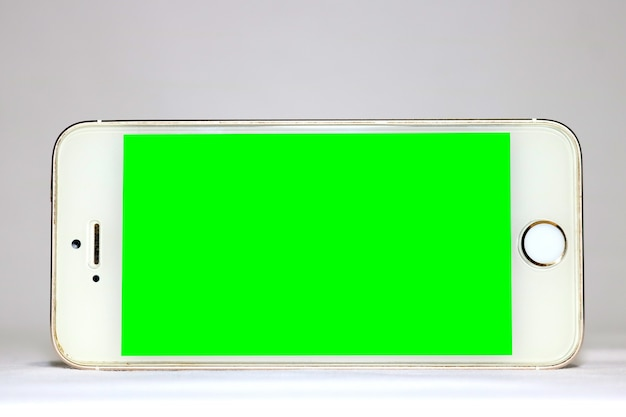Mobile template with green screen Free Psd