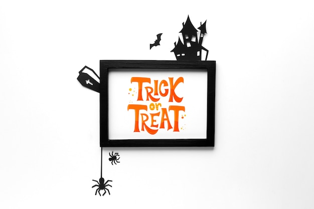 Mock-up frame with trick or treat message Free Psd