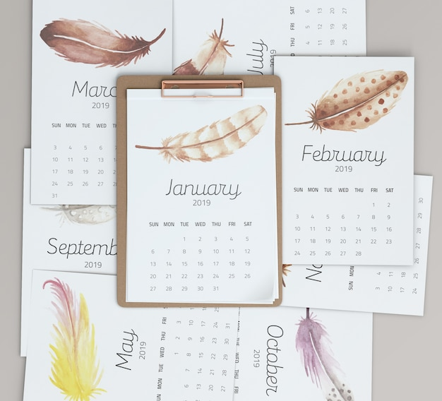 Mock up of hand drawn calendar Free Psd