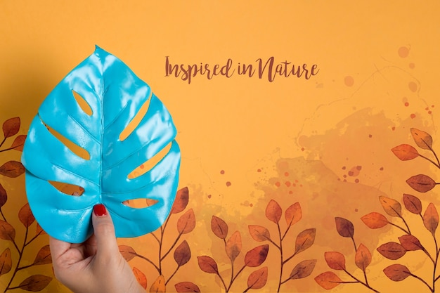 Mock-up hight blue leaf painted Free Psd