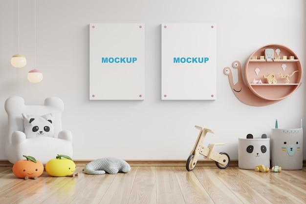 チャイルドルームのインテリアのモックアップ、空の白い壁のポスター、3dレンダリング Premium Psd
