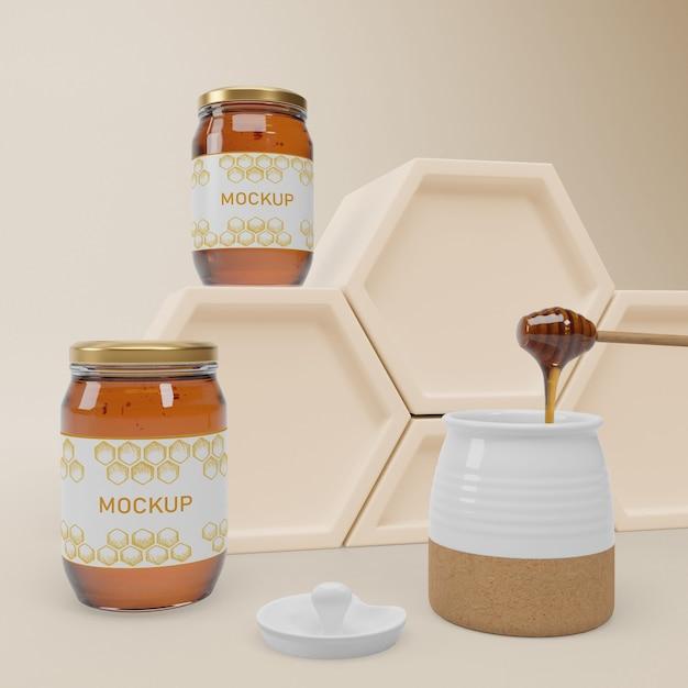 Mock-up jars with organic honey Free Psd