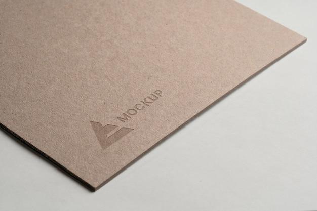 비즈니스 기업을위한 모형 로고 디자인 무료 PSD 파일