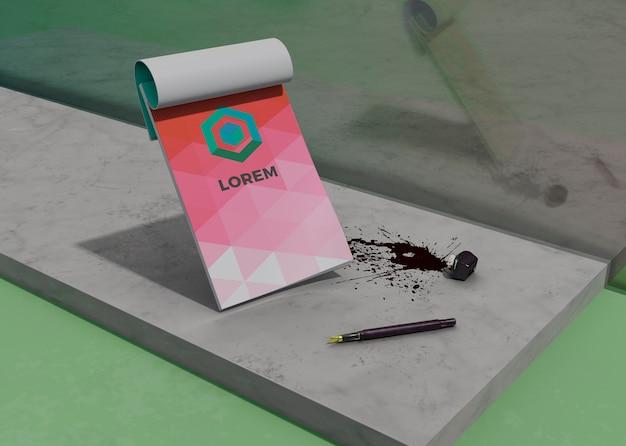 Макет блокнота идентичности деловой бумаги и чернил Бесплатные Psd