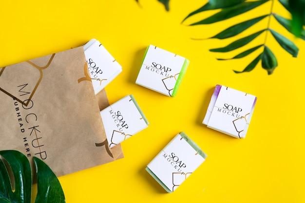 Макет бумажных коробок для упаковки мыла и бумажного пакета Premium Psd