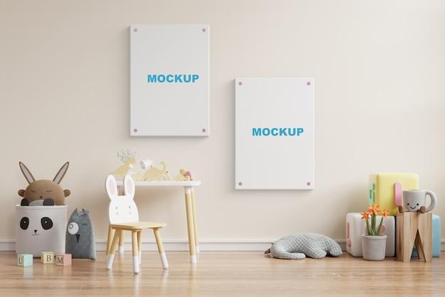 어린이 방 3d 렌더링에서 포스터 프레임을 모의 무료 PSD 파일