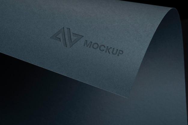 Макет свернутого дизайна логотипа Бесплатные Psd