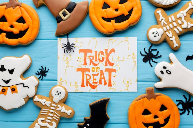 Mock-up with halloween trick or treat sweets Free Psd