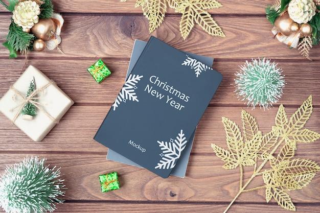 クリスマスとお正月のモックアップブックカバー Premium Psd