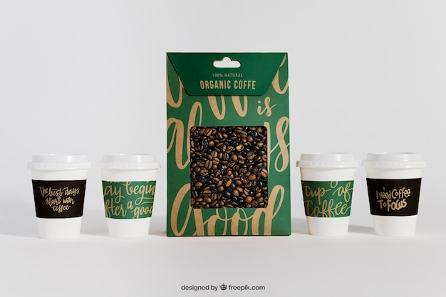 Mockup of coffee cups and bag Free Psd