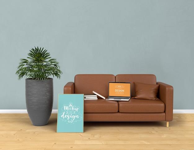 Макет ноутбука и рамка для плаката с украшением дома в современном интерьере гостиной. Бесплатные Psd