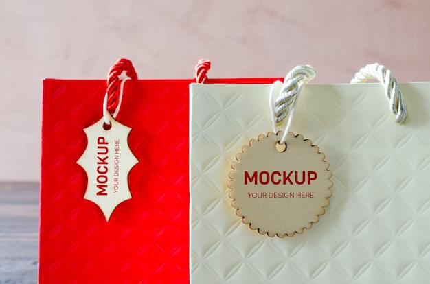 紙の買い物袋の空白のクラフトパッケージのモックアップ Premium Psd
