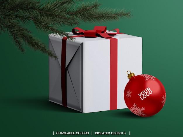 크리스마스 트리 아래 크리스마스 공 및 선물 상자 모형의 모형 프리미엄 PSD 파일