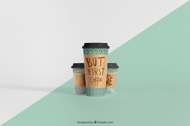Mockup of coffee cups Free Psd