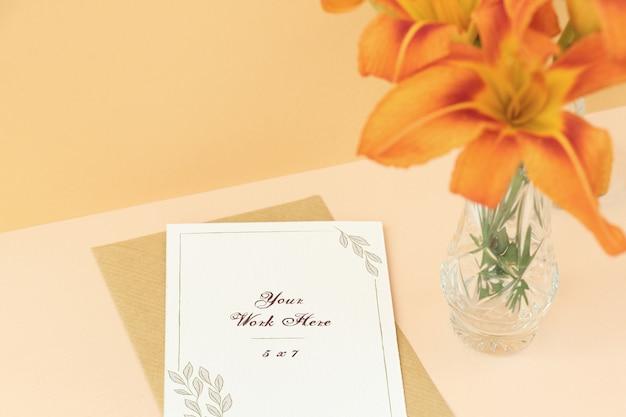 Mockup wedding card on beige background Premium Psd