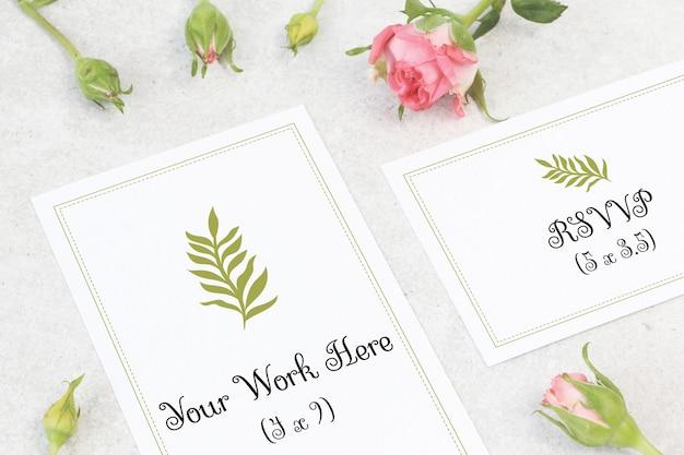 Mockup wedding card with flowers Premium Psd