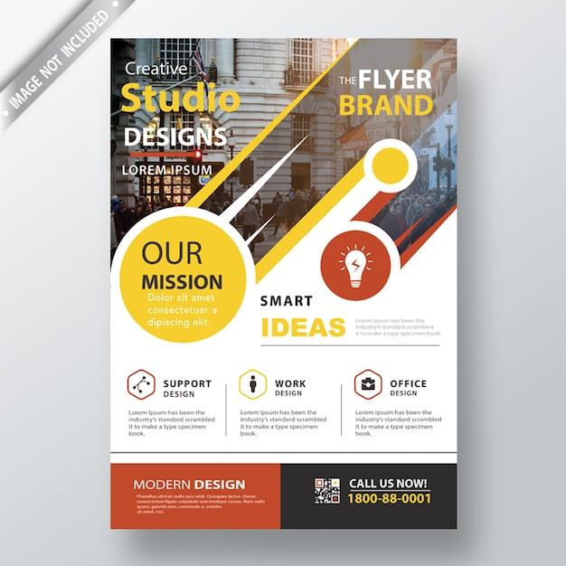 Modern leaflet template Free Psd