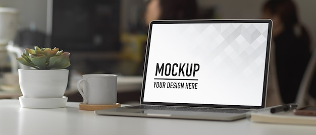 Modern office room with mockup screen tablet Premium Psd