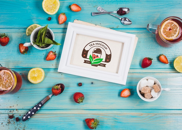 Morning tea with citrus and strawberries mock-up Free Psd