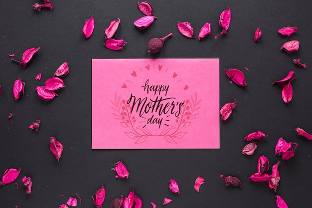 Mothers day card mockup with flowers Free Psd