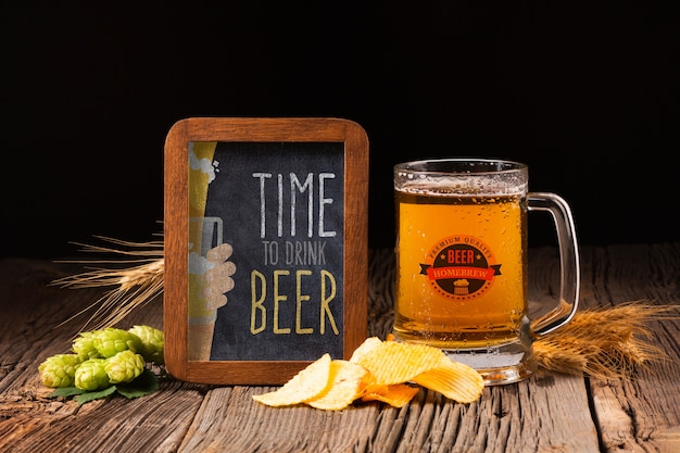 Mug beer with chips and spike Free Psd