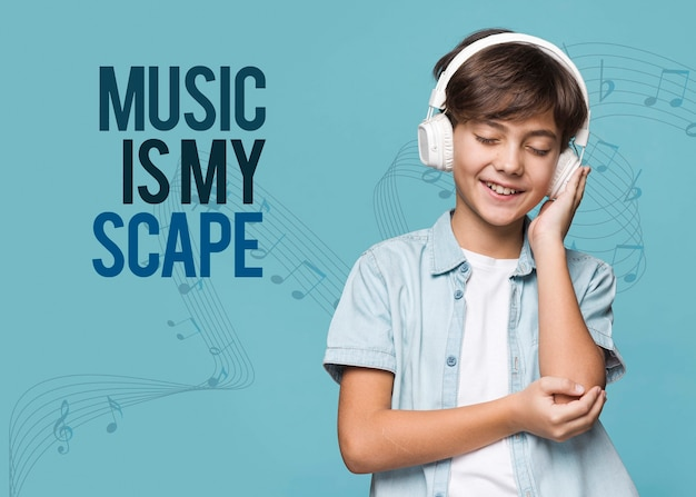 La musica è la mia via d'uscita per un giovane ragazzo carino Psd Gratuite