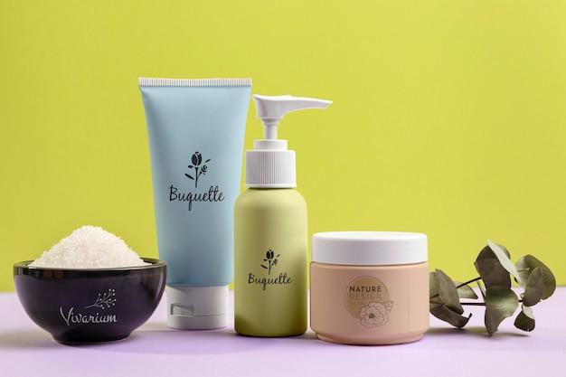 Assortimento di prodotti cosmetici naturali Psd Gratuite