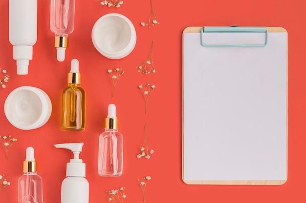 천연 화장품 컨셉 모형 무료 PSD 파일