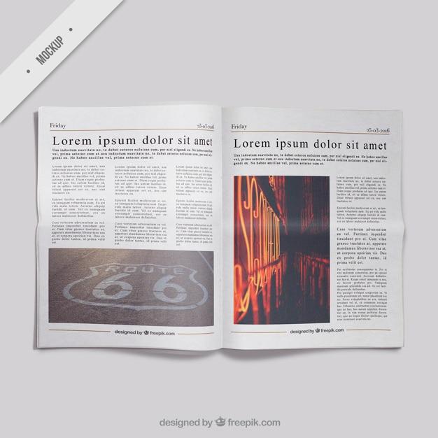 現実的な新聞のモックアップ 無料 Psd