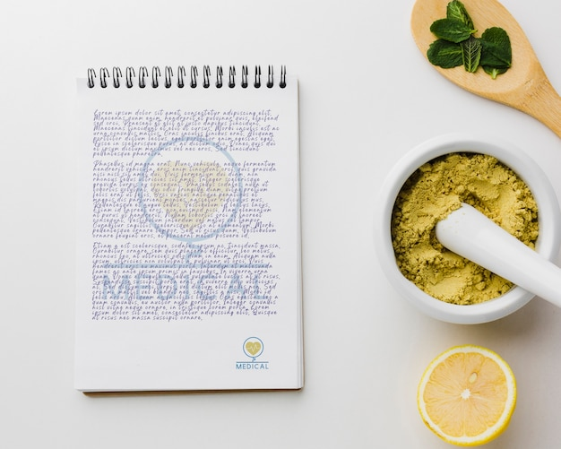 Notepad with healthy ingredients Free Psd