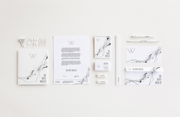 Office stationery mock-up Premium Psd