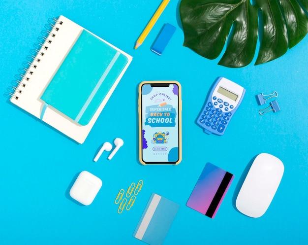 Интернет-магазин на мобильном телефоне Бесплатные Psd