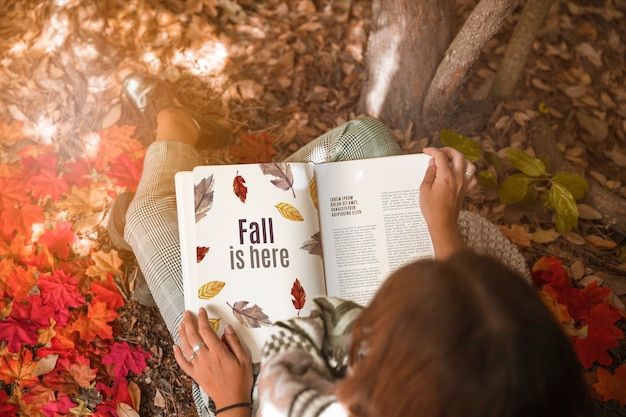 Open book mockup with halloween concept Free Psd