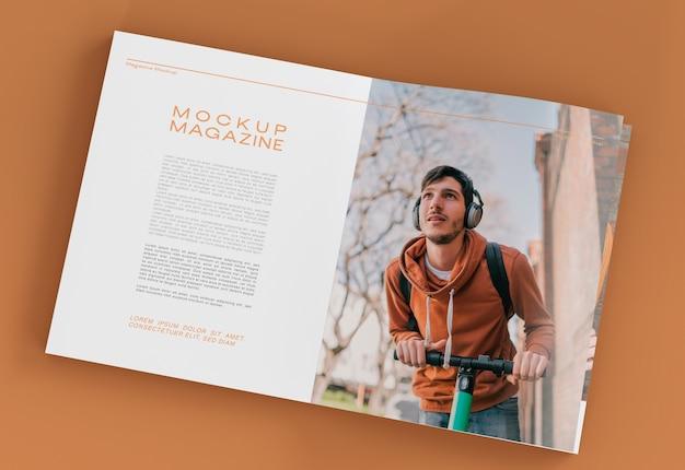 열린 잡지 모형 프리미엄 PSD 파일