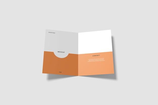 2つ折りパンフレットのモックアップを開いた Premium Psd