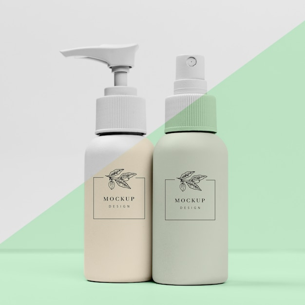 Pack of beauty products bottles Premium Psd