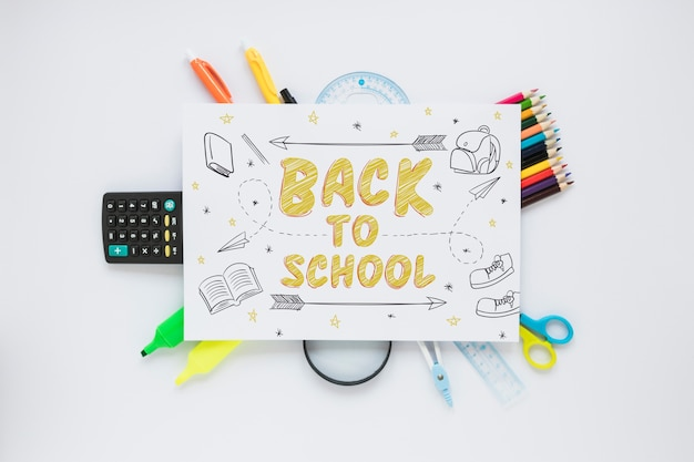 Paper mockup with back to school concept Free Psd