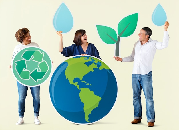 People with environment and recycling icons | Premium PSD File