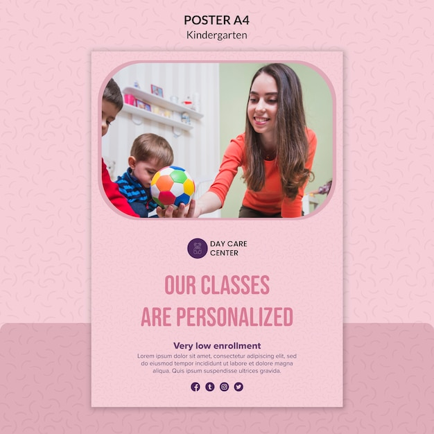 Personalized classes kindergarten poster template Free Psd