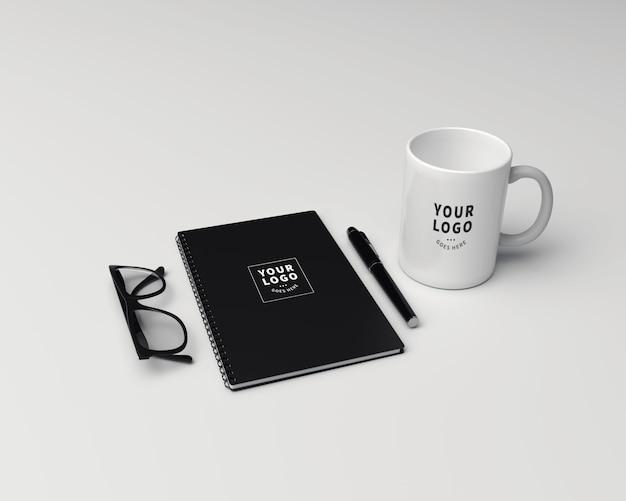 Perspective block note with coffee mug mockup Premium Psd