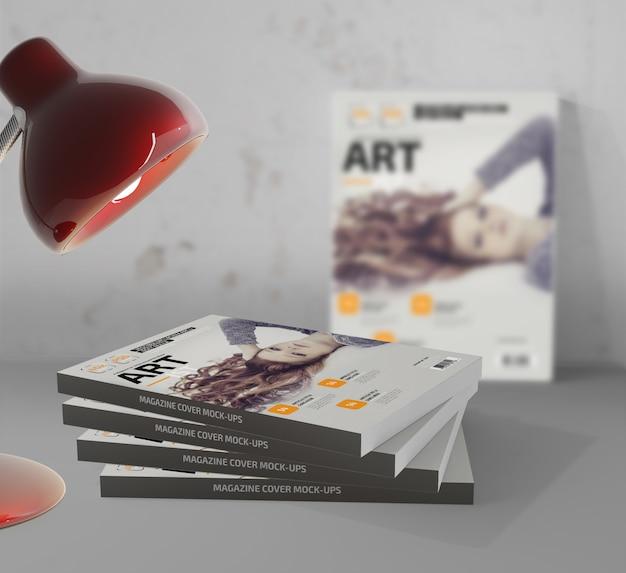 Photo-realistic magazine mockup Premium Psd