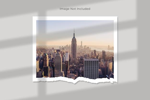 Picture gallery torn paper mockup design Premium Psd